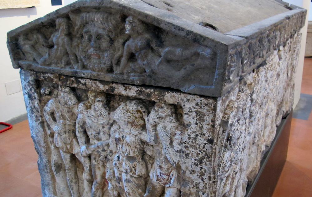Sarcofago etrusco con scene dall'Odissea, Orvieto, Museo Faina