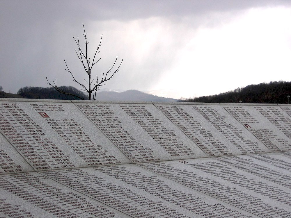 Srebrenica muro nomi