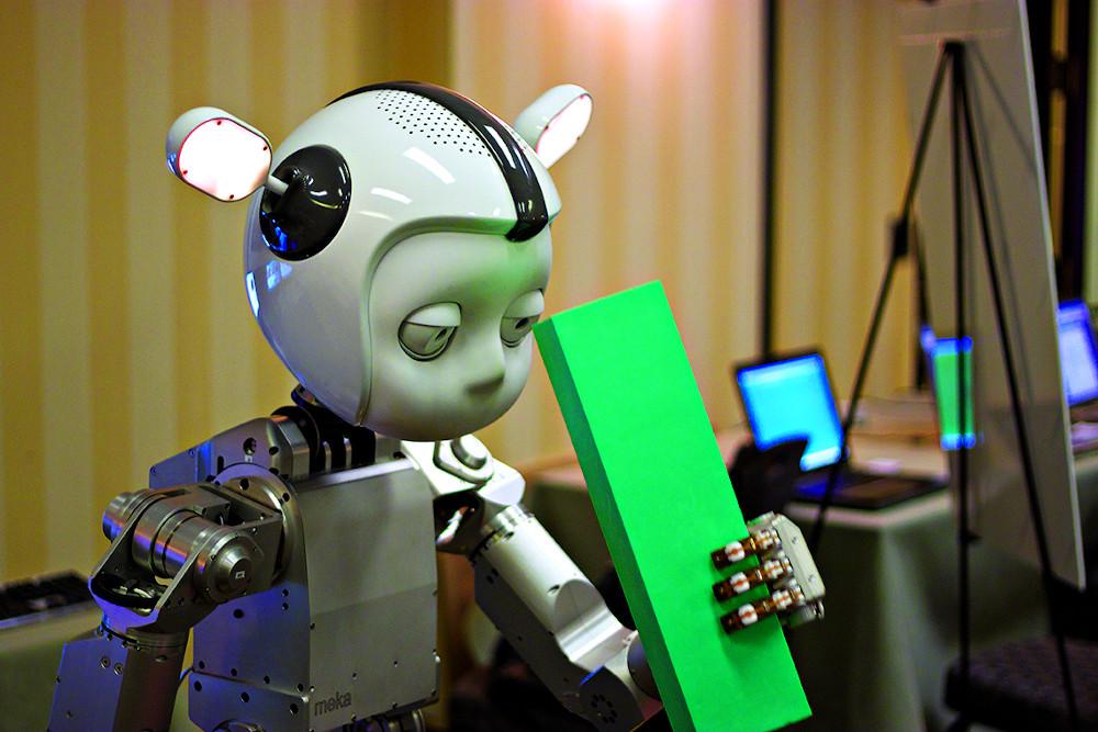 Simon robot
